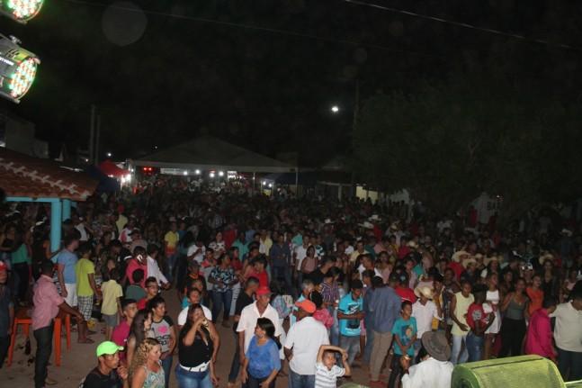 Multidão tomou conta da avenida Rui Barbosa